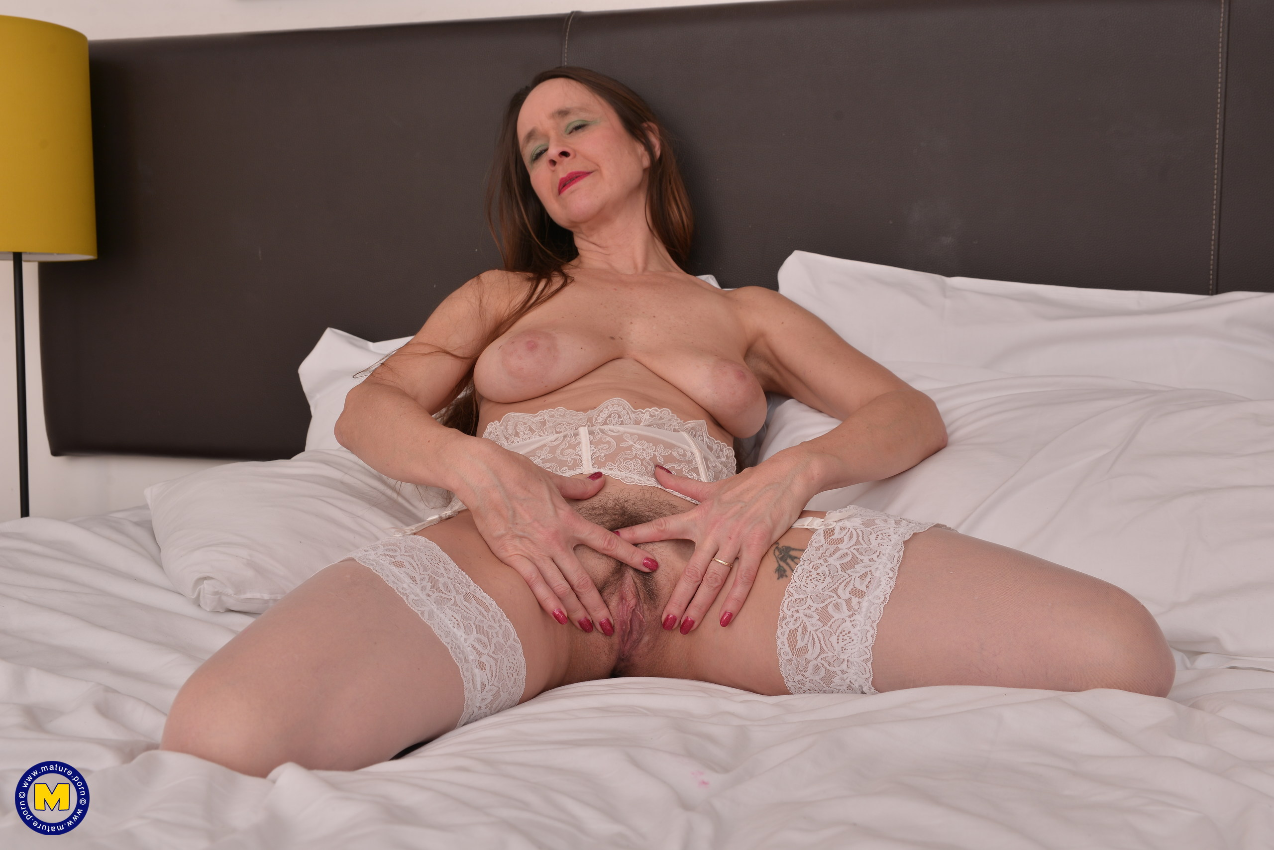 Furry Brit housewife getting super-naughty